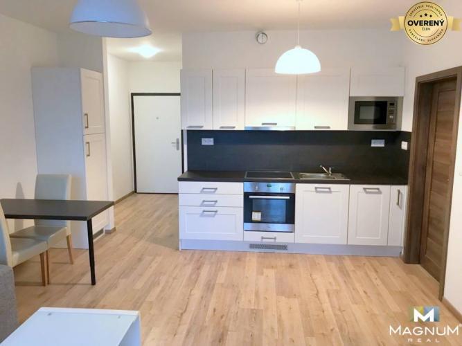 Reality Nový 2i byt, novostavba, balkón, garáž, Sliačska, Nové Mesto