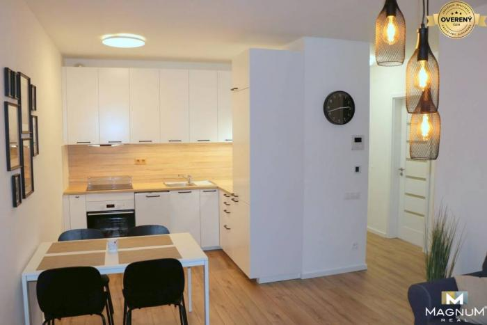 Reality Moderný 2i byt, novostavba, balkón, parking, Račianska, Nové Mesto