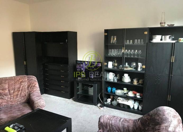 Reality Priestranný 1-izb. byt na Veternicovej ul. na Dlhých dieloch