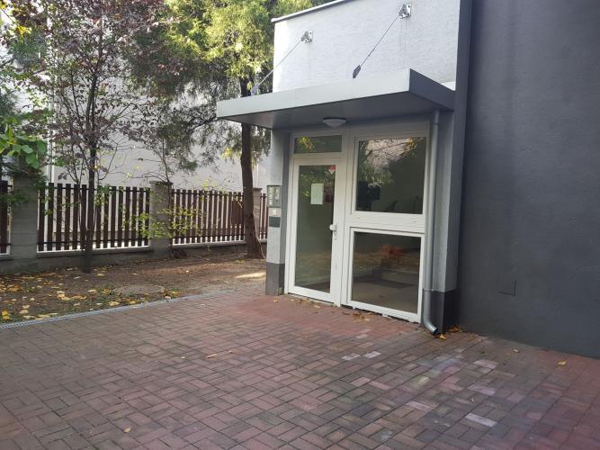 Reality Krásny nový byt s balkónom a parkovacím miestom v uzamykateľnom dvore !