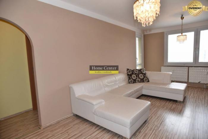 Reality PREDAJ: veľký, 3-izbový byt v Bauringoch, Komárno