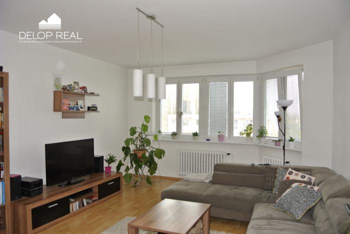 Reality Slnečný 4izbový byt s dvomi balkónmi orientovaný na dve strany