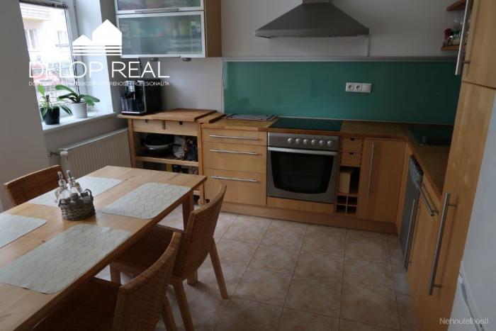 Reality Na predaj 2,5 izbový byt vo vyhľadávanej časti Ružinova