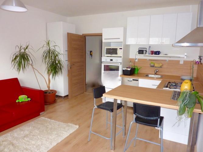 Reality COMFORT LIVING ponúka - Kompletne zrekonštruovaný 2 izbový byt so zariadením