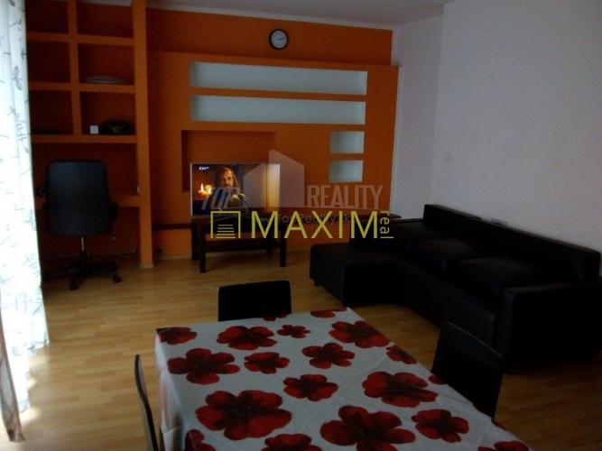 Reality 2-izbový byt na Pezinskej ulici v Senci