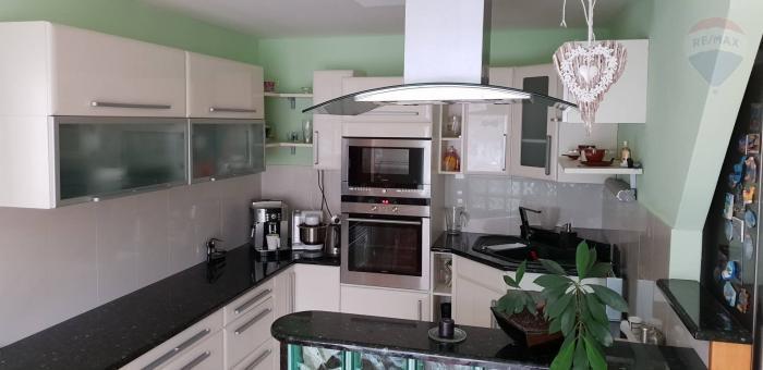 Reality 3 - izbový byt po kompletnej rekonštrukcii pre náročného klienta