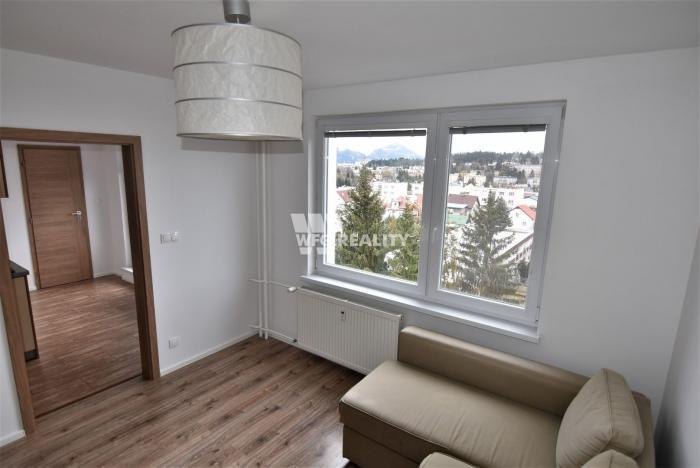 Reality 3 izbový byt /75m2/ s loggiou a balkónom, Žilina-Hliny VI.