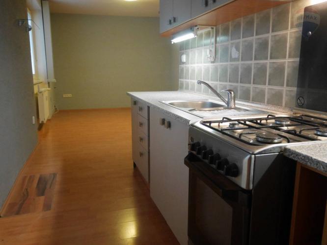 Reality PREDAJ 3 izbový byt, 63m2, staré dídlisko