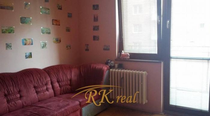 Reality Krásne zrekonštruovaný 2izb. byt – zariadený na Krížnej ul.