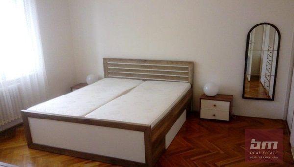 Reality Prenájom 2 - izb. bytu na Českej ul.