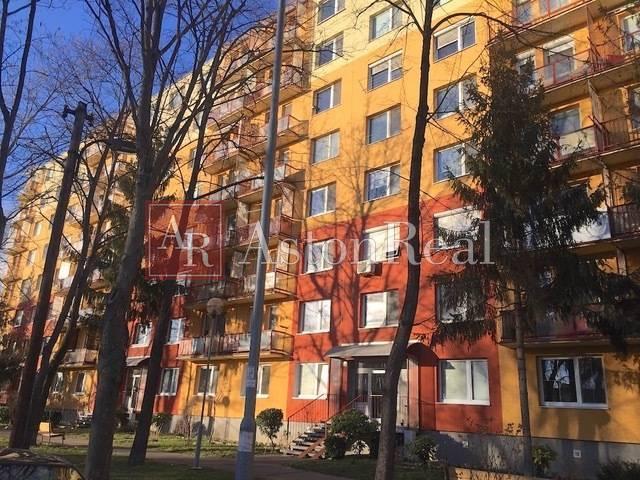 Reality Predaj: 2-izbový byt, 36 m2, Bratislava - Petržalka