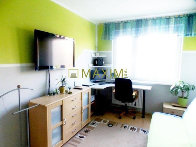 Reality 3- izbový byt na Eisnerovej ulici