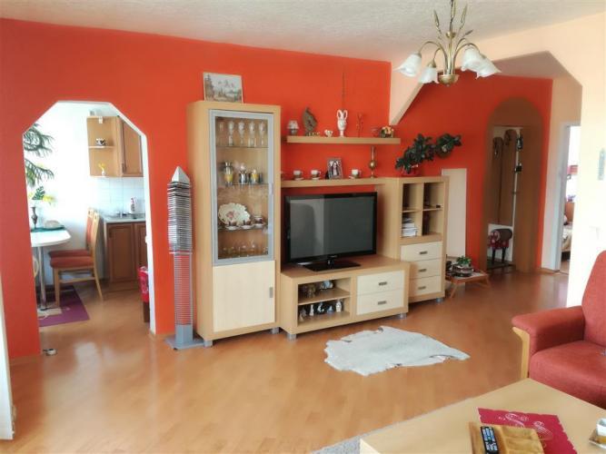 Reality 4 izbový byt v Sečovciach - Obchodná