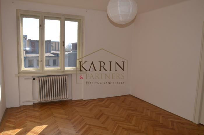 Reality Prenájom nezariadený  2,5 izb. byt, 70m2, BA - Ružinov
