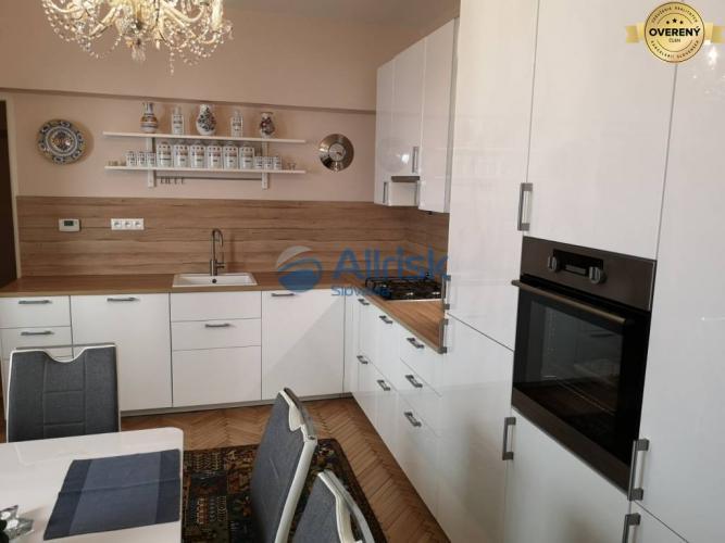 Reality Luxusný 2.izb.byt na prenájom