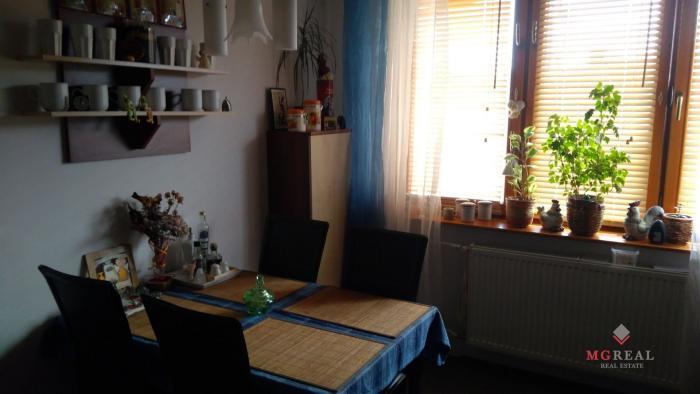 Reality Predaj 3 izbového bytu aj s garážou neďaleko Myjavy.