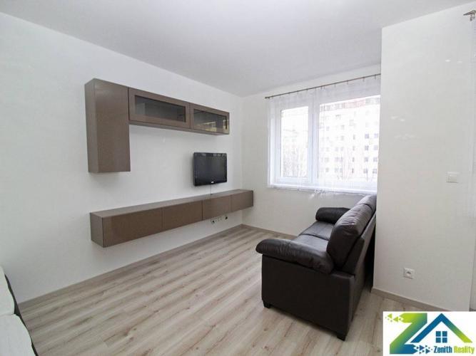 Reality 1,5-izbový byt s garážou, úplne nový, prenájom, Uzbecká, Vrakuňa