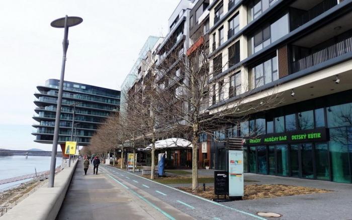 Reality BA River Park (Dvořákovo nábrežie) - luxusný veľkometrážny byt 196 m2 + parkovanie.