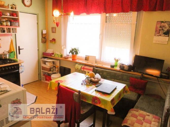 Reality MARTIN 4 izbový byt 93m2 s lodžiou, Priekopa