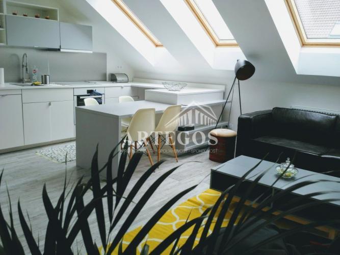 Reality Dizajnový 2 izbový byt v historickom dome