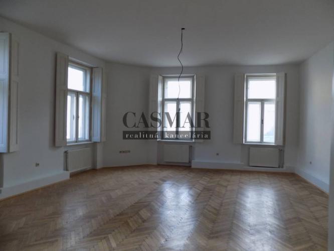 Reality CASMAR RK - Krásny 3 izb, byt v historickom dome