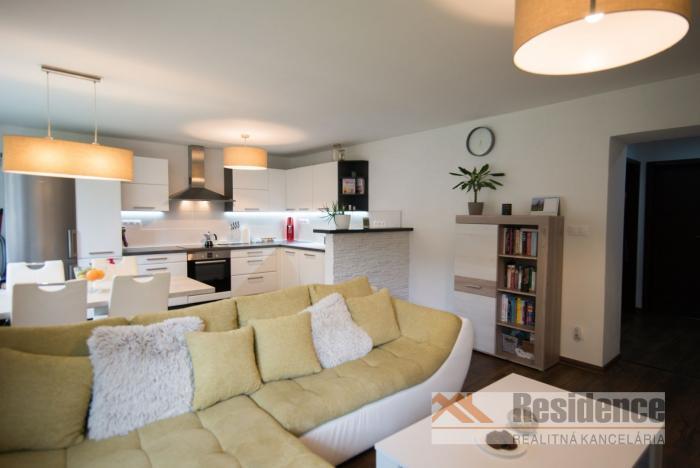 Reality 2 izbový zariadený byt v centre mesta Liptovský Mikuláš
