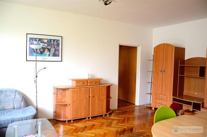 Reality Prenajmem 3 izbový byt po rekonštrukcii na Nezábudkovej ulici.
