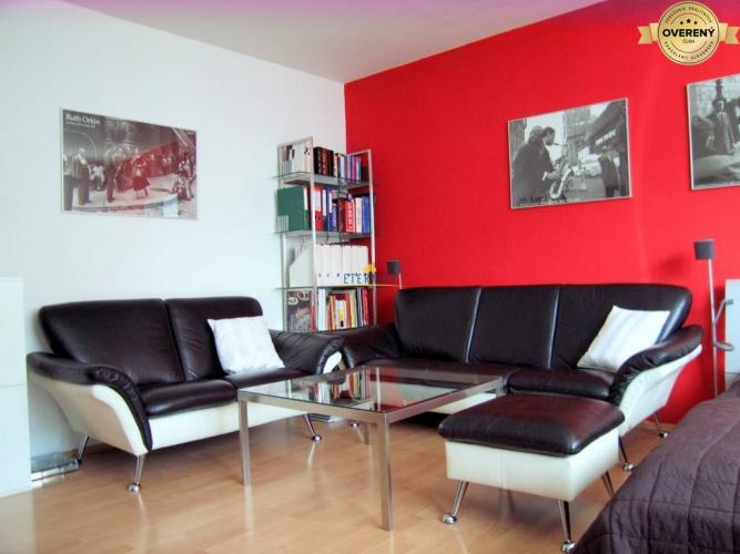 Reality Priestranný 1i byt, tichá lokalita, komplet vybavenie, Hradný vrch