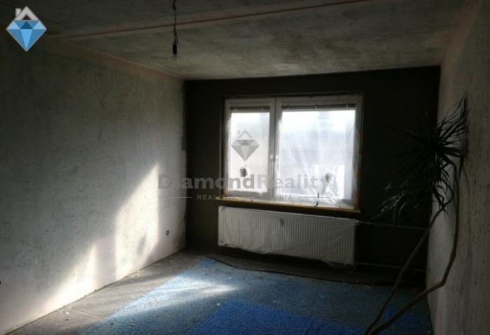 Reality Na predaj 4 izbový byt Čajkovského Nitra