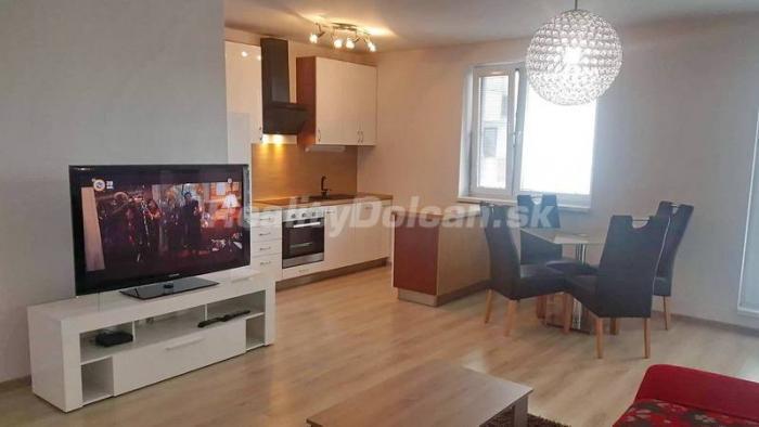 Reality NA PREDAJ 2 izbový byt s nádhernou terasou v novostavbe Nitra, Matičná