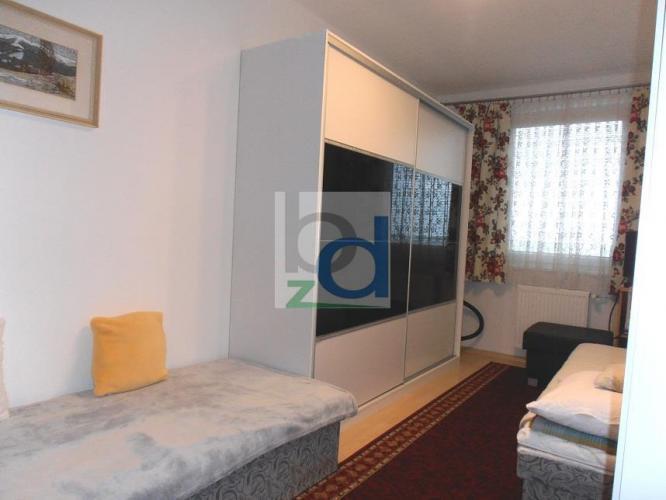 Reality Zariadený 2 izbový byt s loggiou a parkovacím miestom BAII