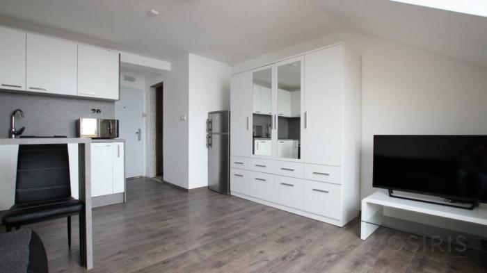 Reality Zariadený 1i byt s balkónom v novostavbe, 1x parkovanie, Leknová ul.