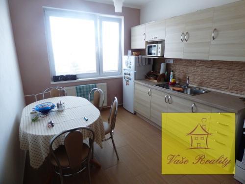 Reality 4-izb. Západ - Matuškova, OV, 80m2, lodžia, kompl. rek.,(8.p/8)Výborná ponuka len u nás!