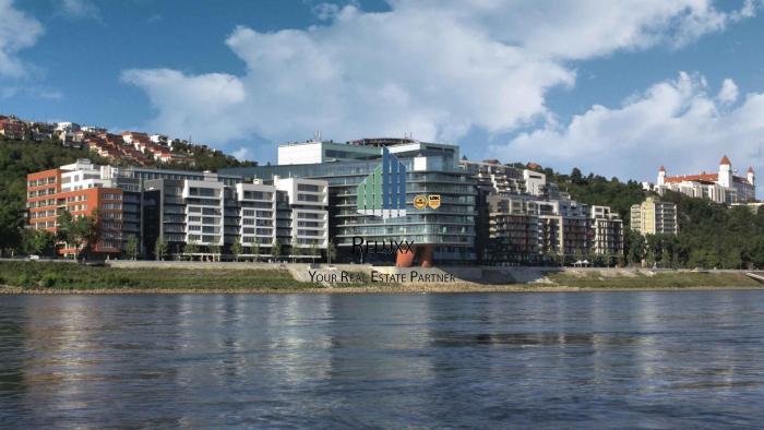 Reality BA I Staré Mesto River Park predaj 4 izbového exkluzívneho bytu s 2x terasami s výhľadom na Dun