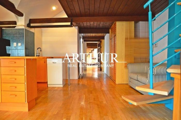 Reality ARTHUR - Predaj atypického podkrovného BYTU 166 m², Staré Mesto - Pešia zóna