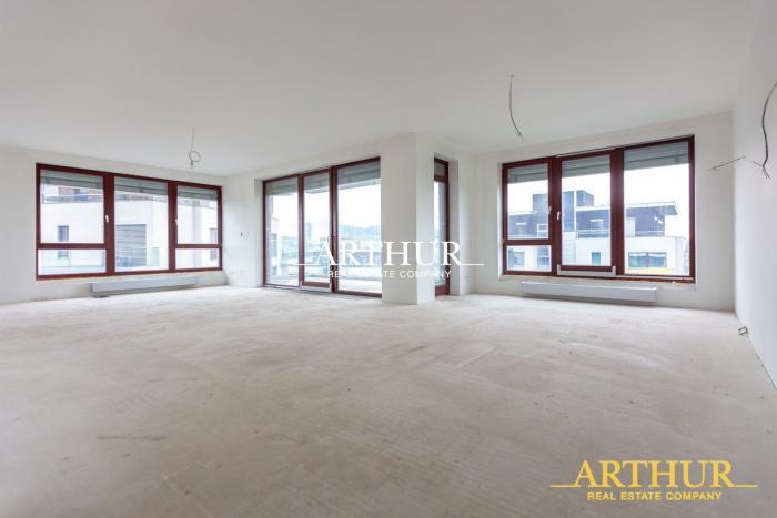 Reality ARTHUR - Na predaj luxusný  byt v blízkosti  Horského parku v Bratislave.