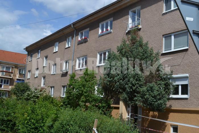 Reality Exkluzívne! Predaj 3 - izbový byt s celkovou výmerou 82m2 v tichej lokalite na Starom sídlisku v
