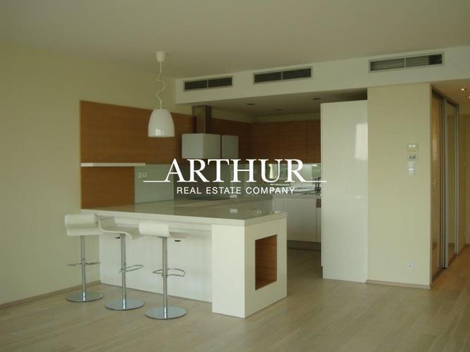 Reality ARTHUR - 3 izbový moderný byt s priamym nerušeným výhľadom na Dunaj