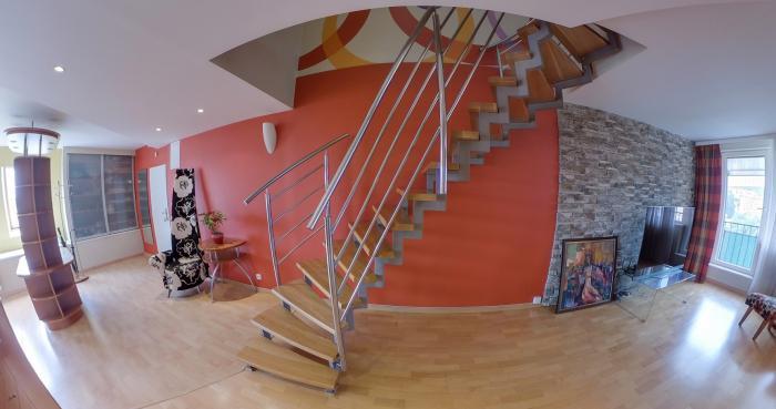 Reality Na predaj–nadštandardný 3 izbový mezonet v nadstavbe v centre mesta Košíc