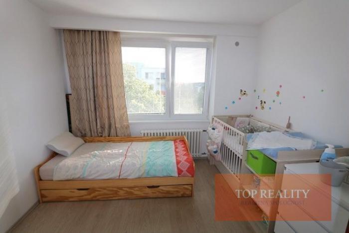 Reality Zrekonštruovaný 3,5 izbový byt 73 m2 s balkónom, 4/5. Galanta, ul. Vajanského 85.000 €