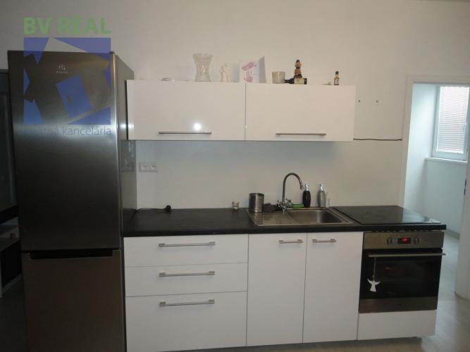 Reality BV REAL Na predaj 1 izbový byt 40 m2 Kanianka okres Prievidza 79067