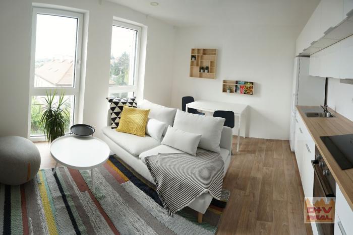 Reality D+V real ponúka na prenájom: 3 izbový byt, Šulekova ulica, Palisády, Bratislava I, Staré Mesto