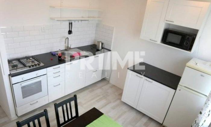 Reality Pekný 2i byt, rekonštrukcia, loggia, Drobného ulica, Dúbravka
