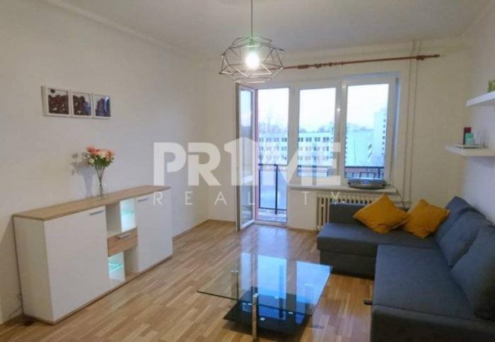 Reality Pekný 1,5i byt, balkón, rekonštrukcia, Súmračná ulica, Ružinov