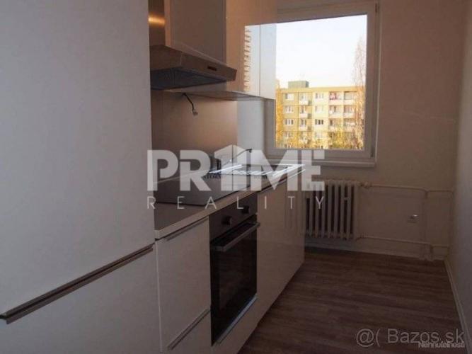 Reality Pekný 3i byt, rekonštrukcia, tichá oblasť, Rumančeková ulica, Ružinov