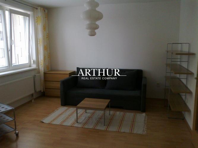 Reality ARTHUR - Prenájom 1izbového bytu v novostavbe na Dlhých dieloch, Kresánkova ul.