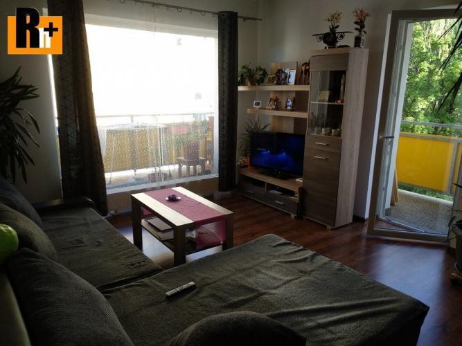 Reality Reality holding+ ponúka Na predaj 2 izbový byt Martin - s balkónom