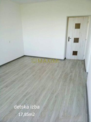 Reality 3- izbový byt o obci Medziháj