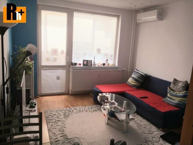 Reality Reality holding+ ponúka Na predaj 3 izbový byt Trnava generála Goliana - s balkónom
