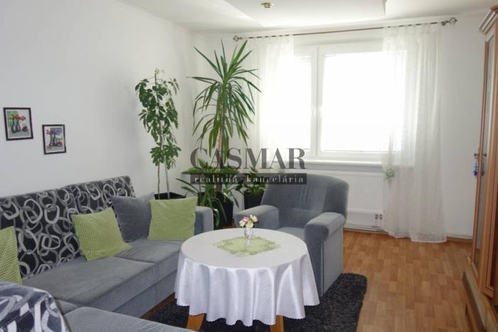 Reality CASMAR RK - Kompletne prerobený 4 izbový byt Veterná ulica
